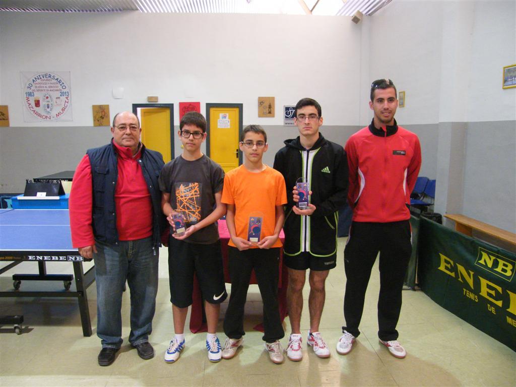 Deporte escolar: Premios en tenis de mesa