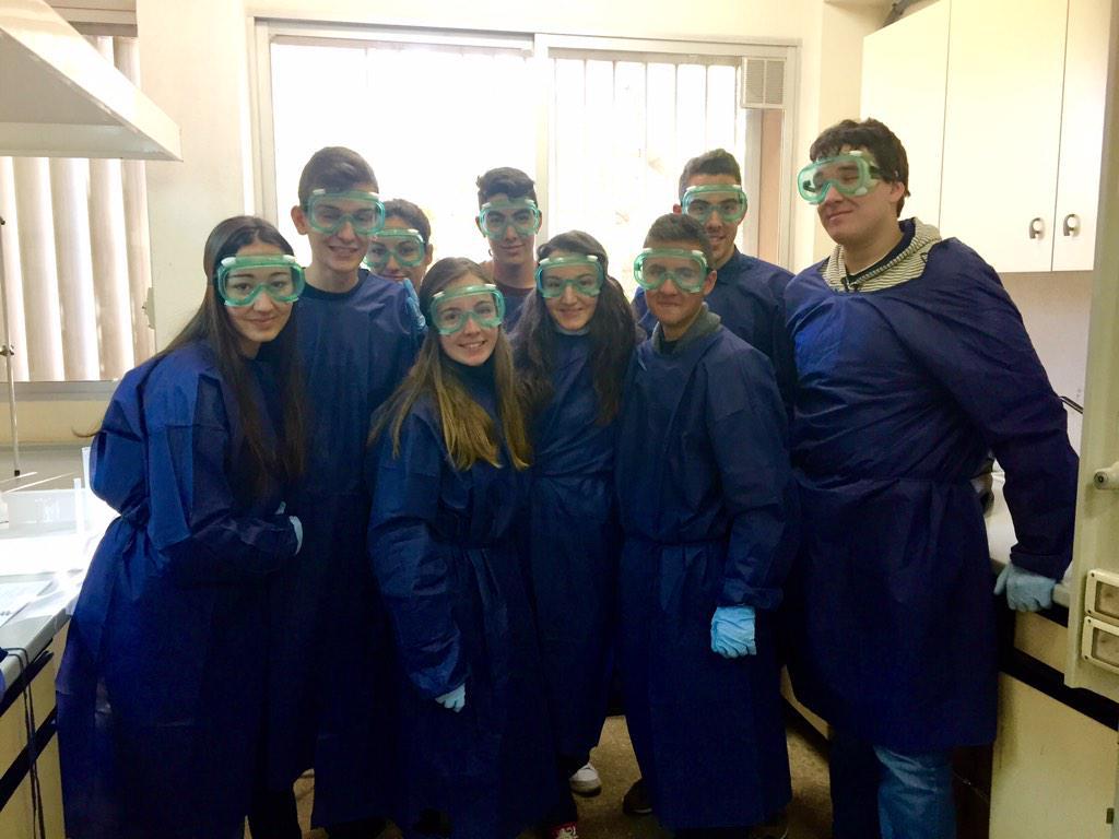 grupo de químicos del IES Felipe II