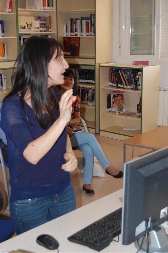 Elena nos enseña Publicidad